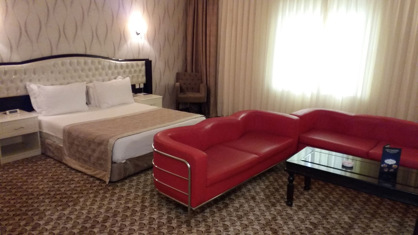 Sofa-Bed-Rooms-Best-Western-Ravanda-Hotel-Sahinbey-Gaziantep
